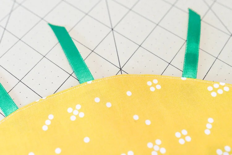 DIY cinched pineapple purse step 9