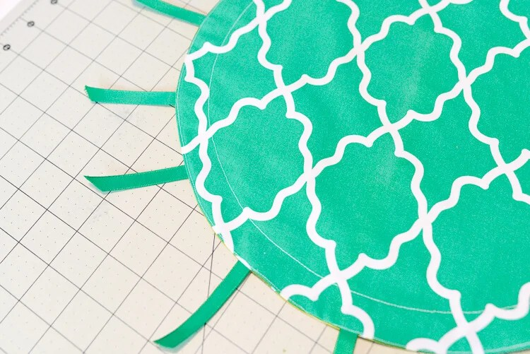 DIY cinched pineapple purse step 10