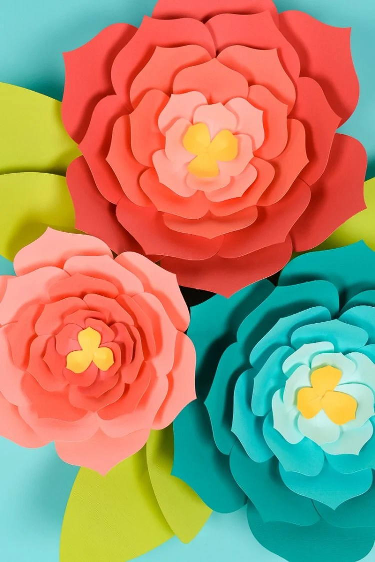 giant paper flower template (hand cut or SVG for the Cricut)