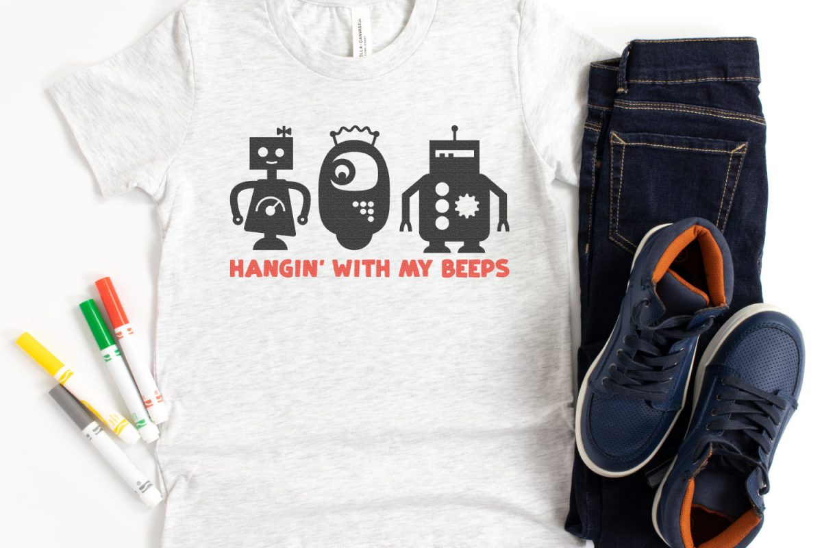 Hanging with my Beeps Robot SVG on t-shirt with markers