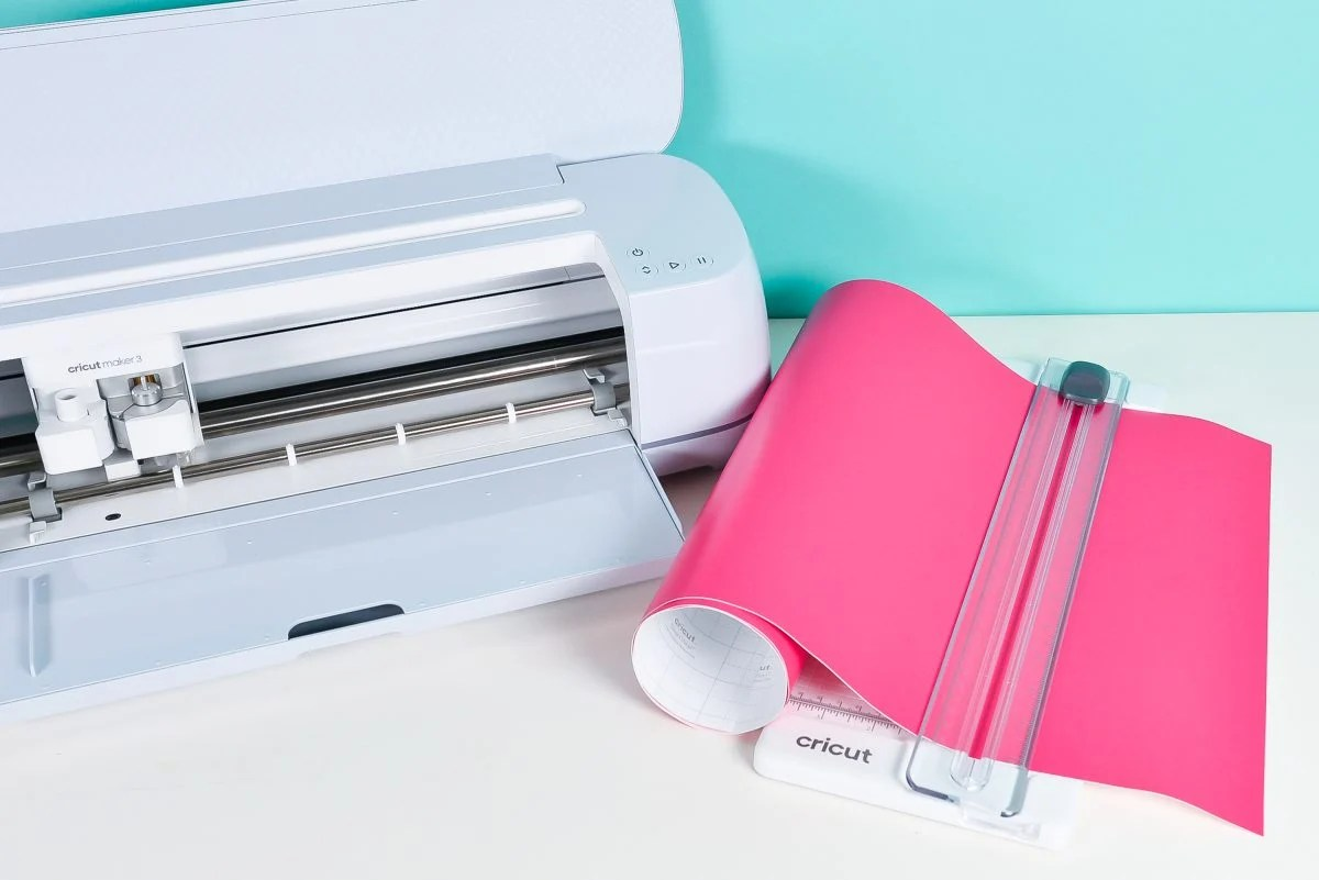 """Cricut Maker 3 with 13"""" trimmer and 13"""" pink smart vinyl"""