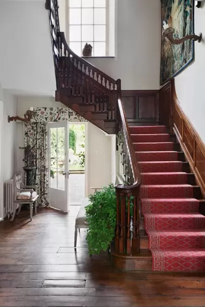 Stylish Stair Runner Carpet Ideas House Garden | Stair Runners With Borders | Beige | Unique | Wallpaper | Forest Green | Elegant