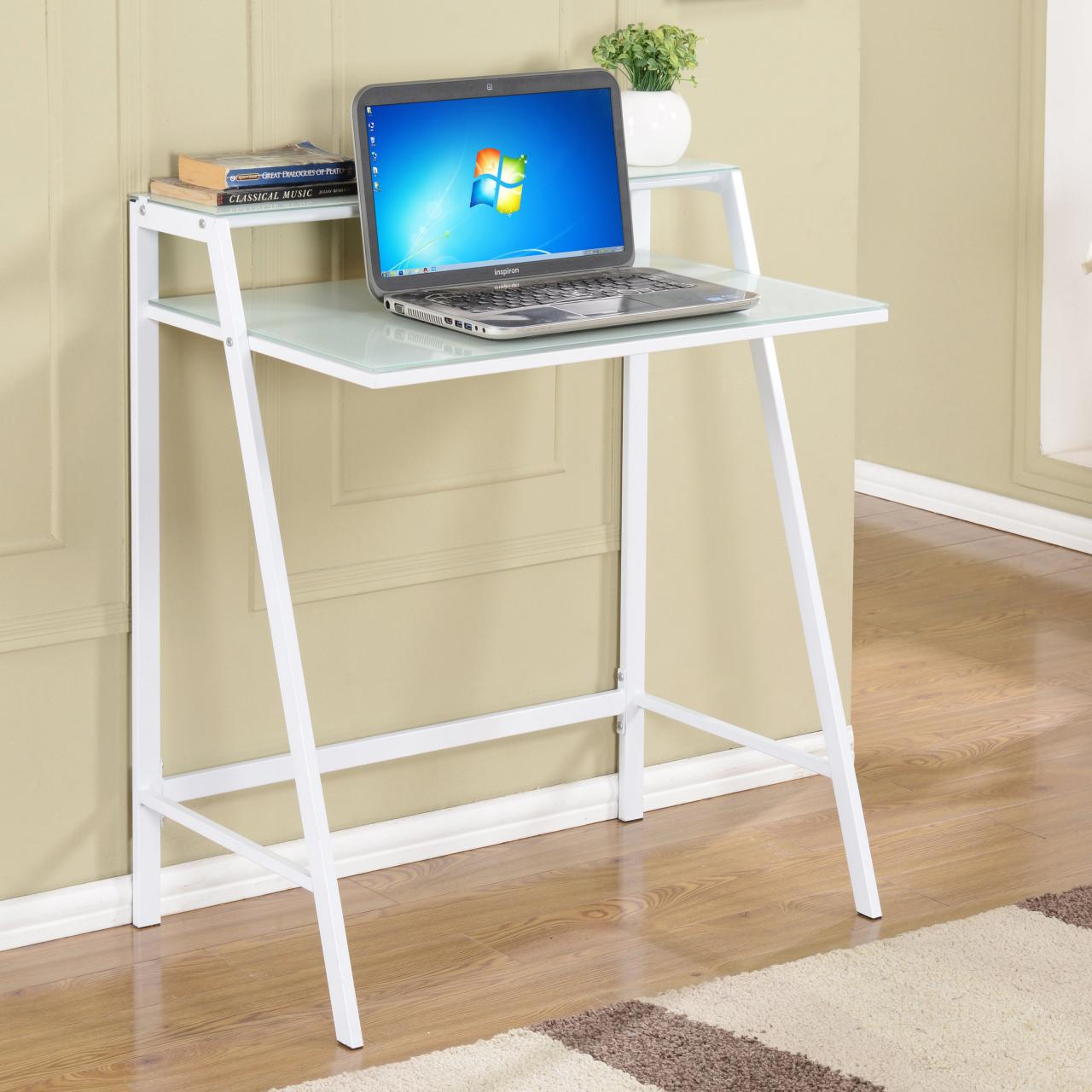 12 Tiny Desks For Tiny Home Offices Hgtv S Decorating