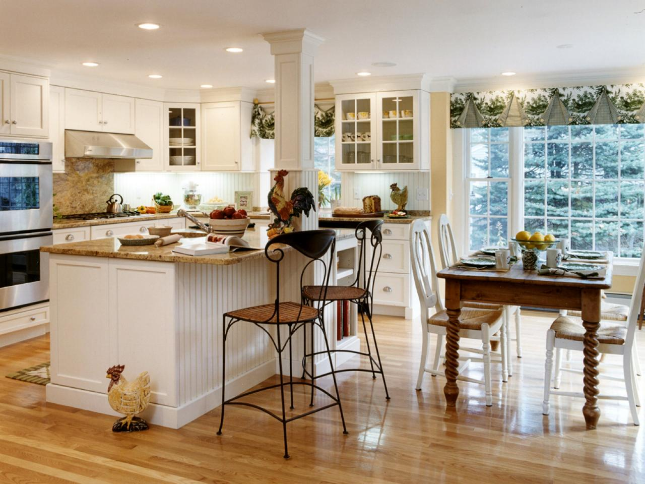 Guide to Creating a Country Kitchen   HGTV Guide to Creating a Country Kitchen