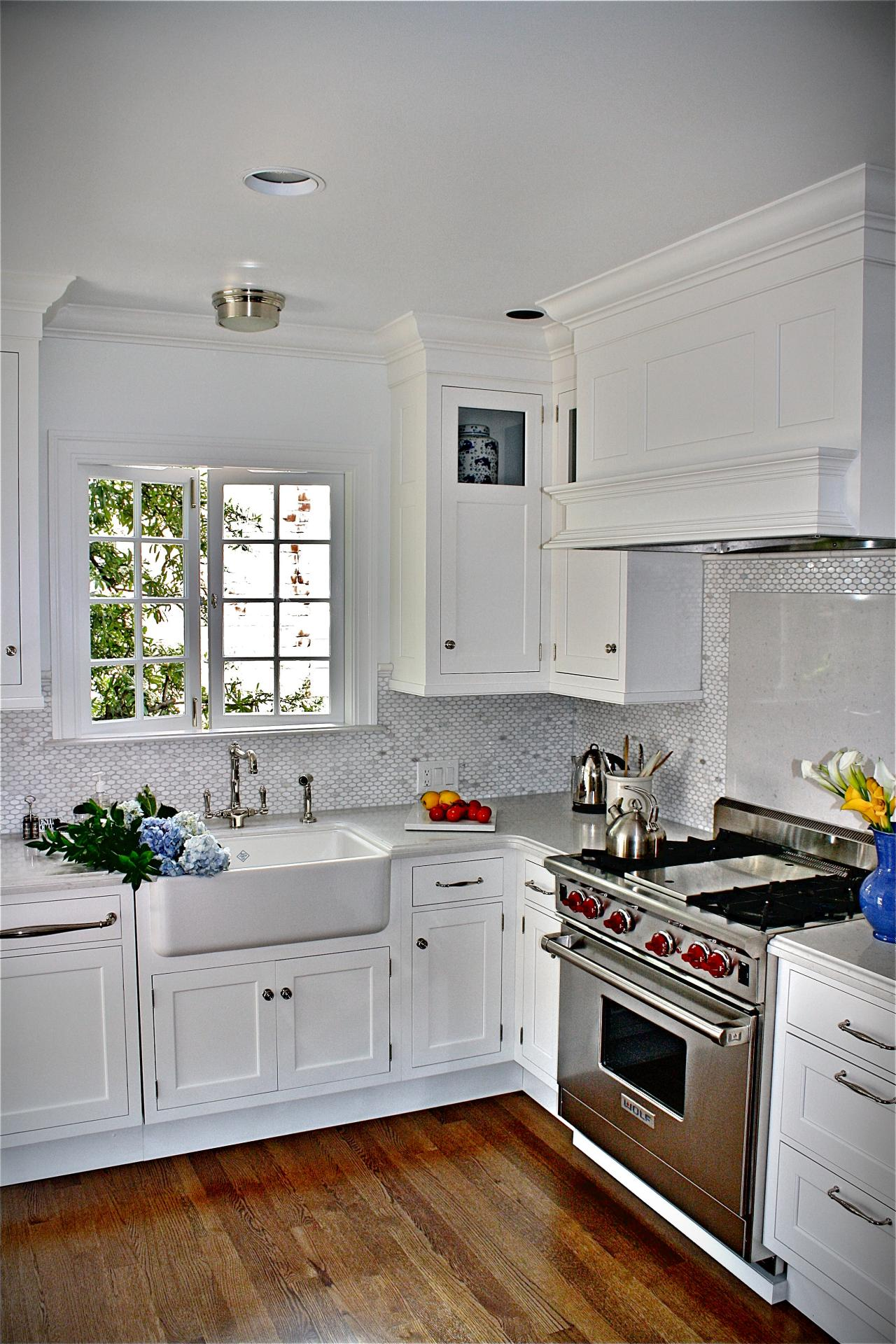 Small Cottage Style Kitchens