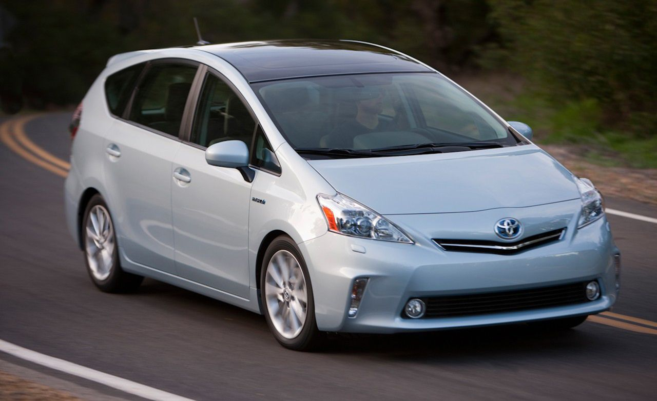 2012 Toyota Prius V First Drive Review Car And Driver