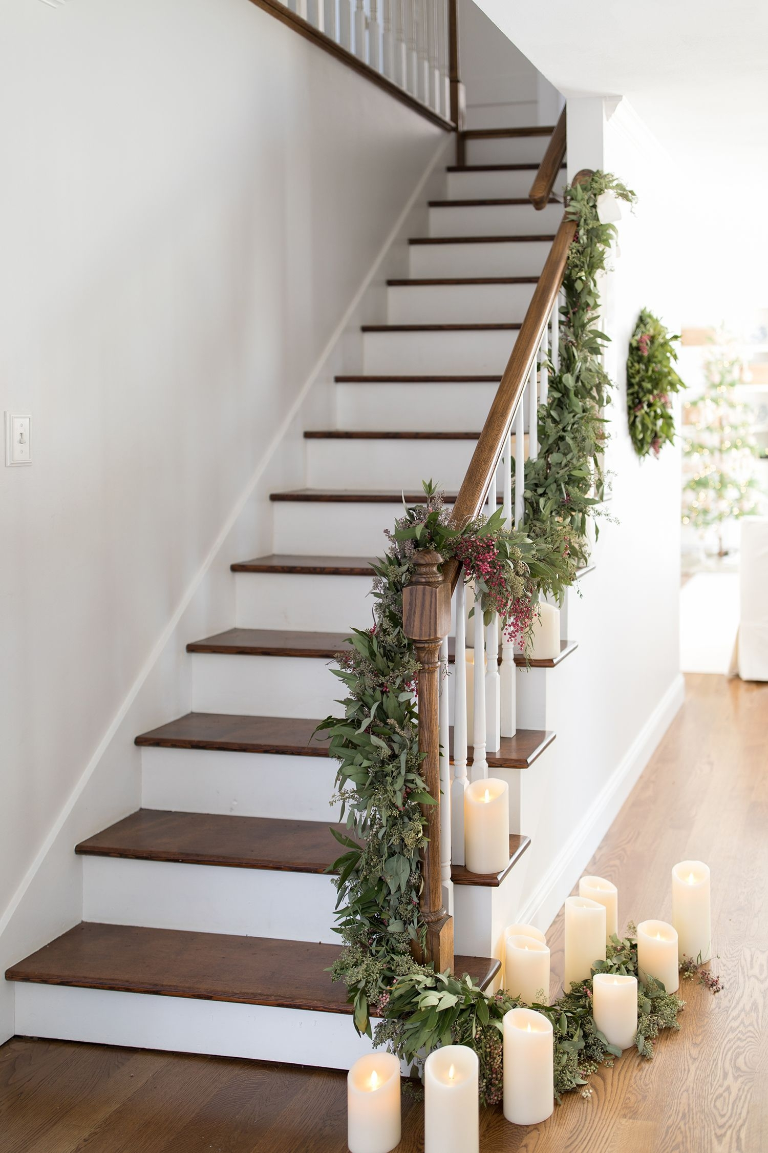 15 Best Christmas Staircase Decorating Ideas Xmas Stair Decor 2019 | Front Stairs Designs With Landings | 3 Step Stair | Outdoor | Granite | Small Space | Front Yard Stair