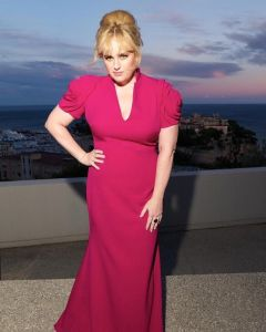 Rebel Wilson On Emotional Eating & Giving Up Fad Diets