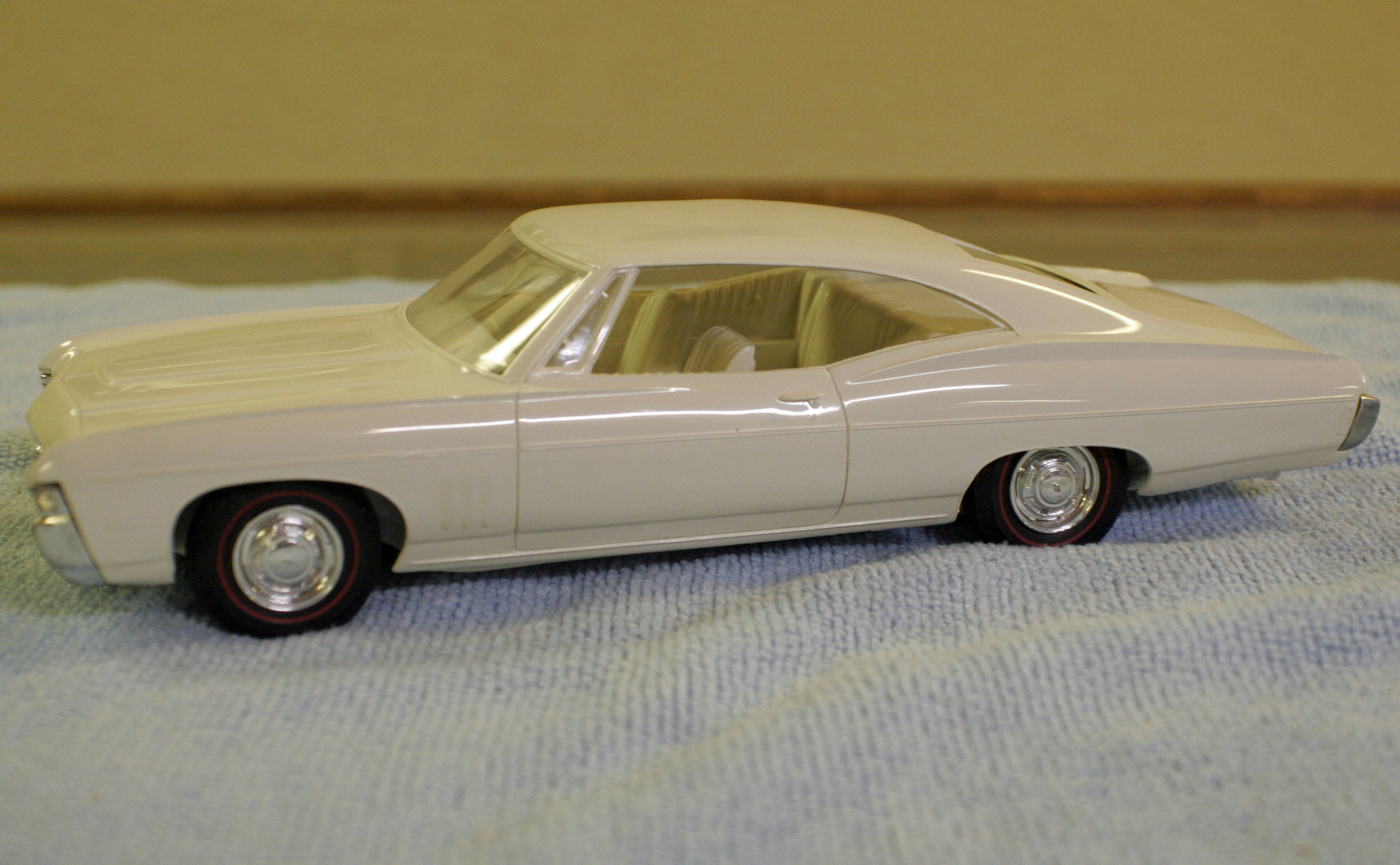 1968 Chevrolet Impala SS Fastback   Cars   hobbyDB 1968 Chevrolet Impala SS 427 Sports Coupe Promo Model Car
