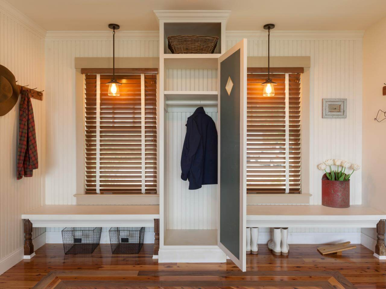45 Superb Mudroom Amp Entryway Design Ideas With Benches