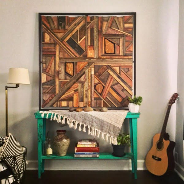 DIY Wall Art   120 Ideas That You ll Want for Your Home You have to see this  rustic wall decor idea with a wooden collage  Love
