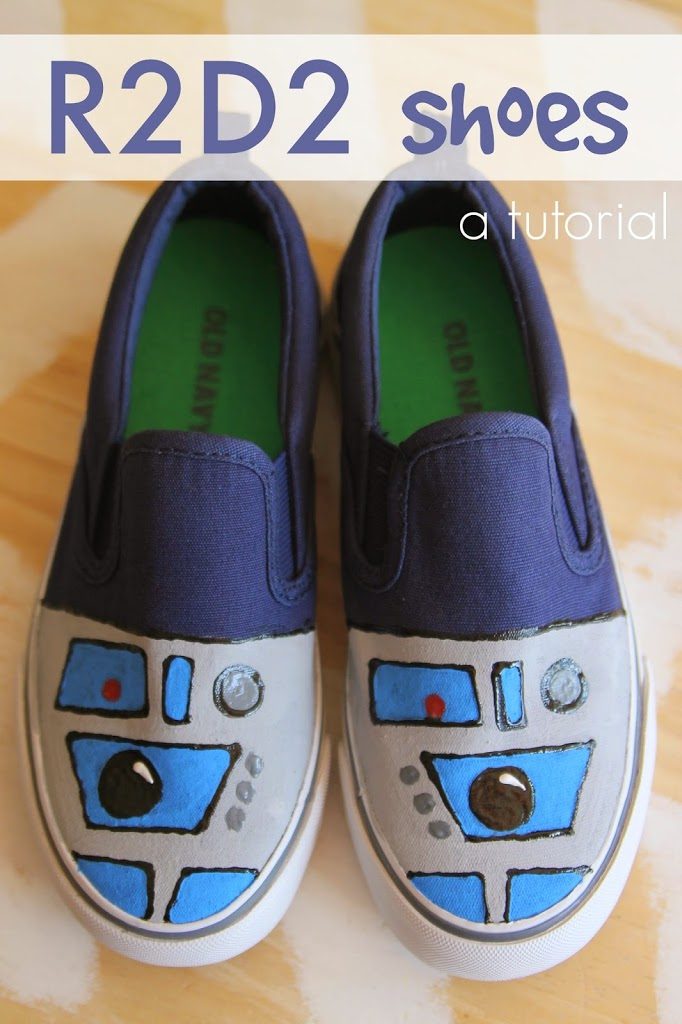 DIY R2D2 Shoes