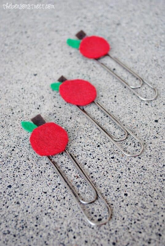 easy teacher gift apple paper clips at thebensonstreet.com