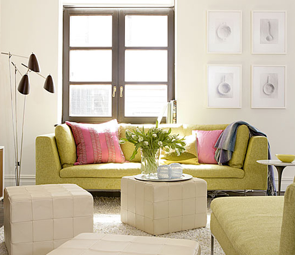 Small Pastel Living Room Decorating