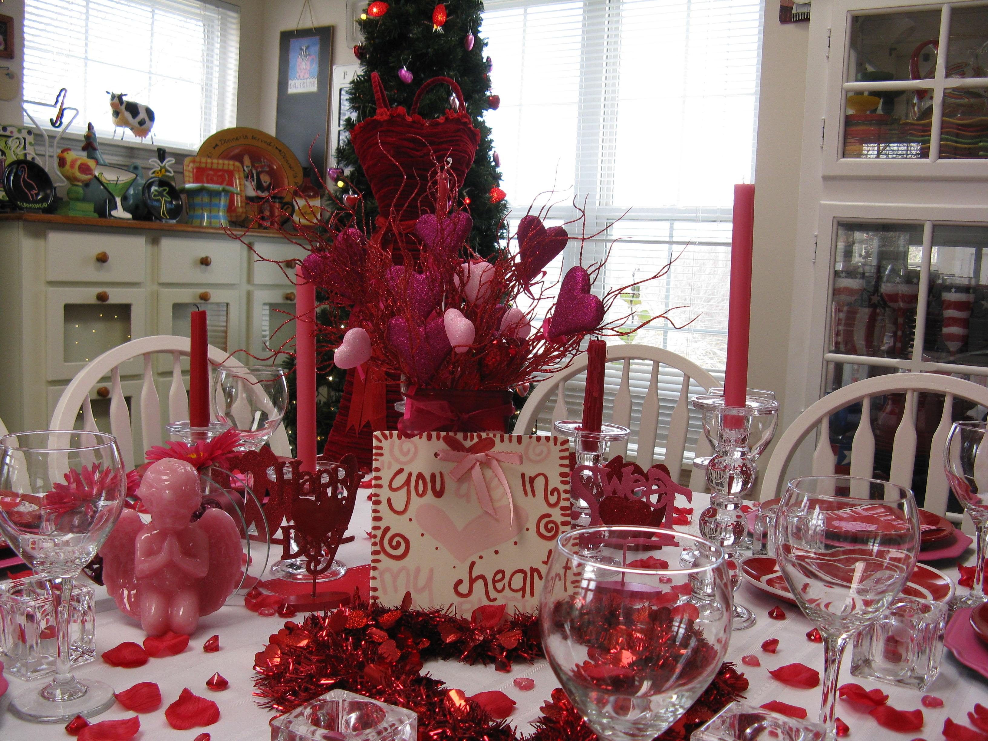 Valentines Day Office Decor Ideas