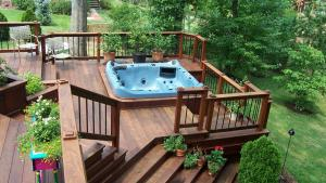 Decks With Hot Tubs: The Outstanding Home Deck Design
