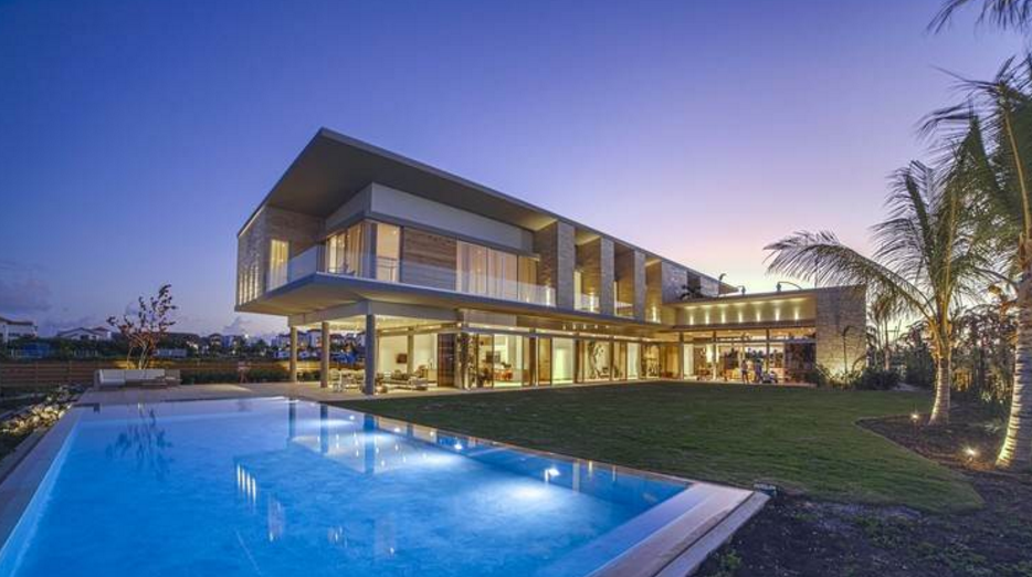 11 000 Square Foot Contemporary Waterfront Mansion In The