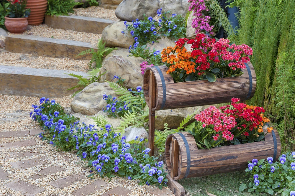 64 Outdoor Steps With Flower Planters And Pots Ideas Pictures | Outdoor Garden Under Stairs | Small | Crosstie | Gardening | Landscaping | Lawn