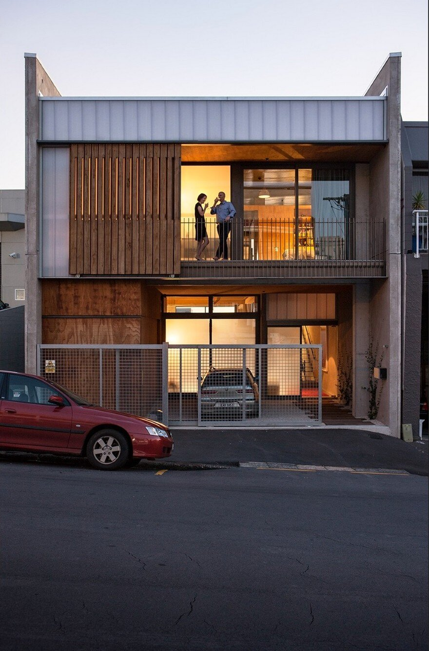 Industrial Style House In Auckland Exhibiting A Clean And