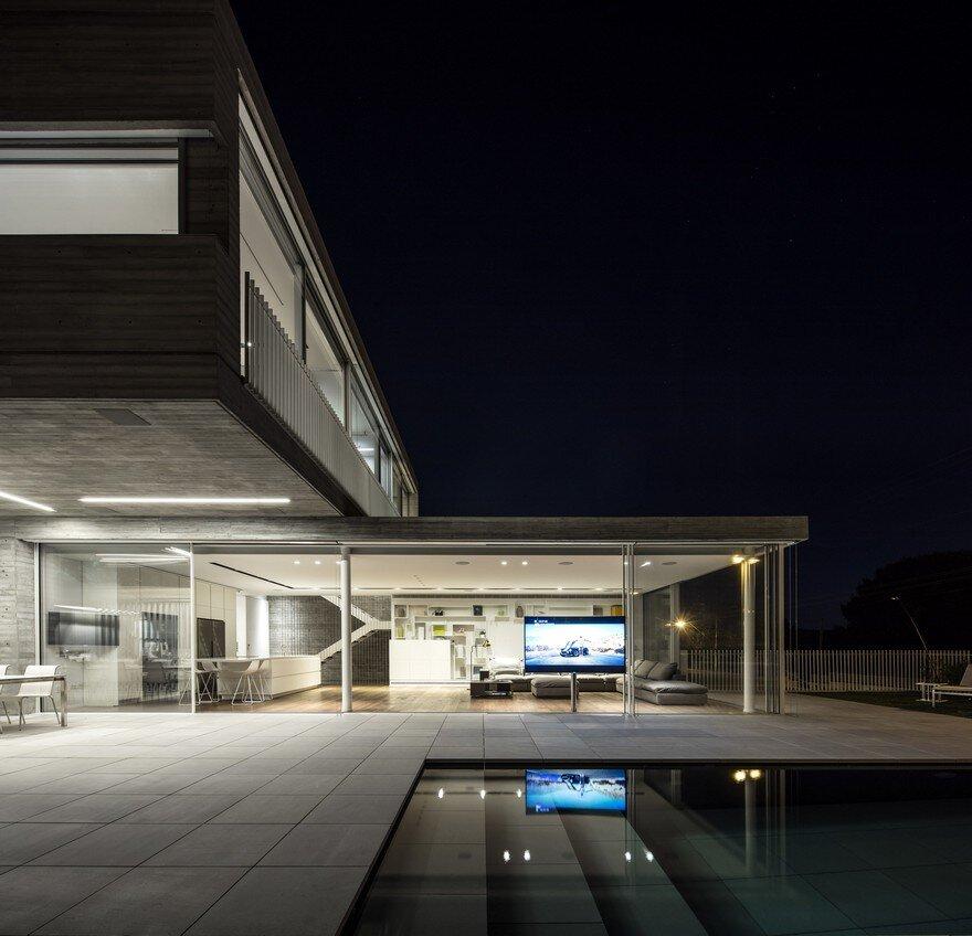 Modern Duplex House Features A Minimalist And Balanced