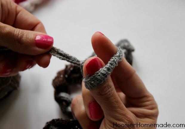 Knitting With Sashay Knot