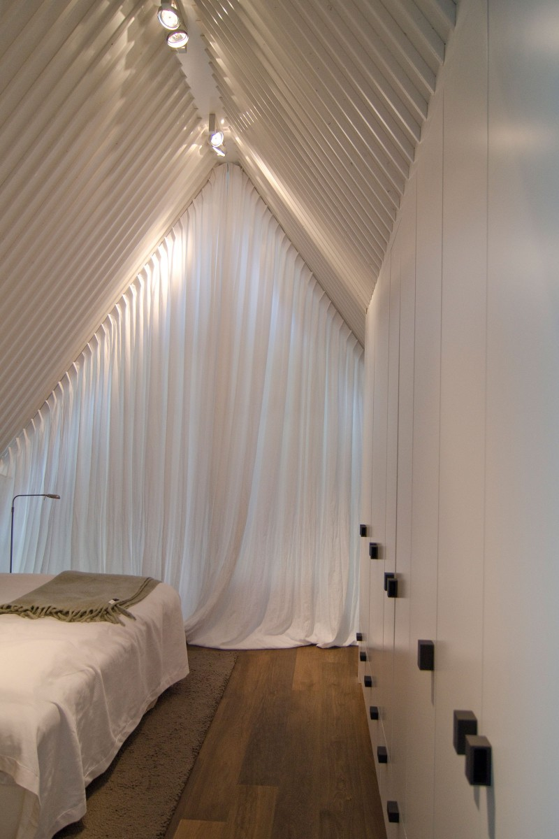 Cute Classic Home Exterior Hiding Stylish Interior