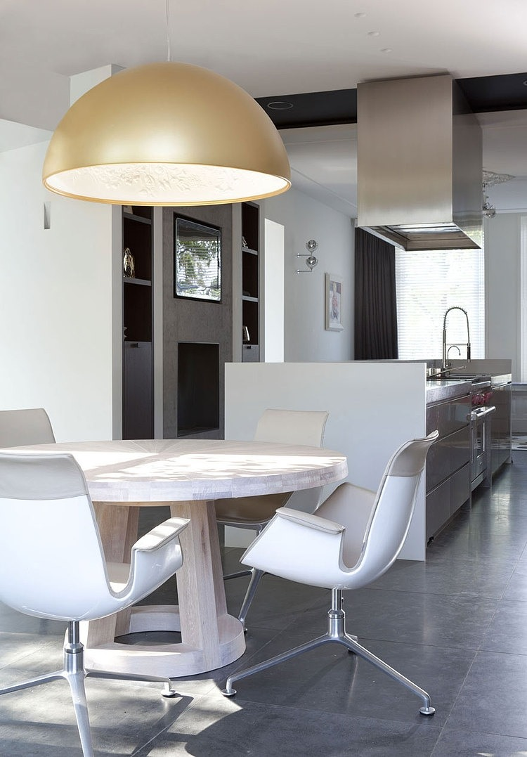 Dazzling Glossy Furniture In Bright And Shiny House