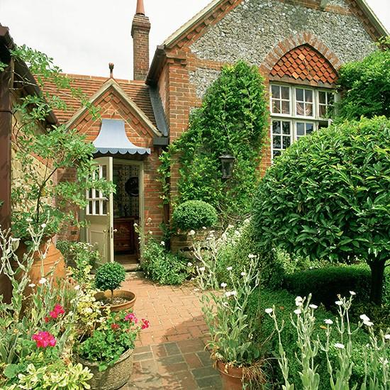 Front Garden Plant Ideas