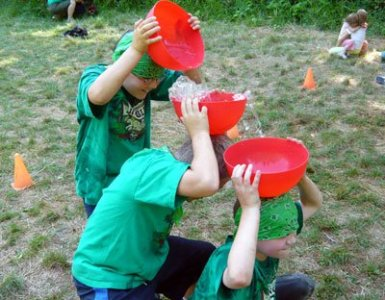 Water Games You and Your Family Will Love to Play This Summer pass the water bowl game