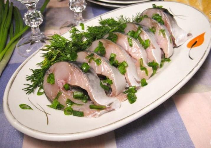 Delicious low-headed mackerel