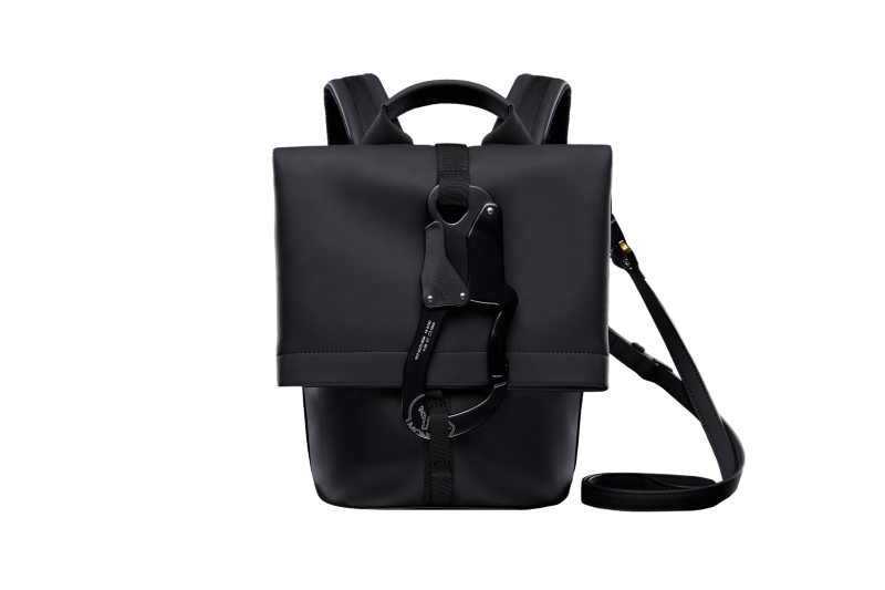 6 MONCLER 1017 ALYX 9SM Collection Backpack Carabiner Black