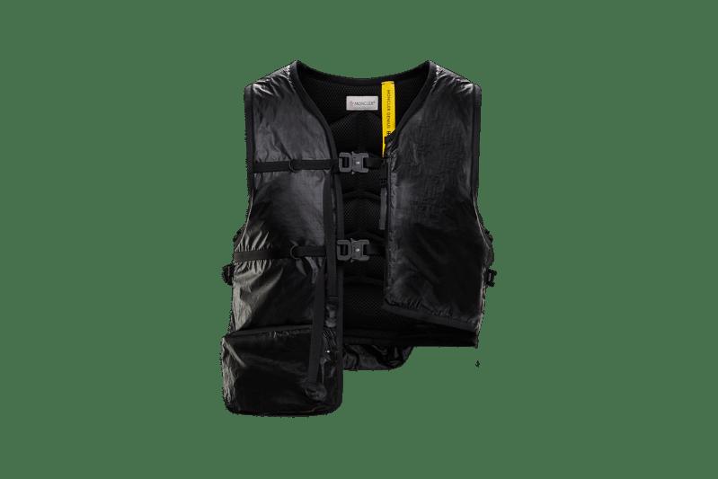 6 MONCLER 1017 ALYX 9SM Collection Buckle Vest Black