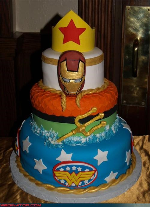 Superhero wedding cake   Wedinator   funny wedding photos awesome wedding cake bride Dreamcake fondant funny wedding photos groom  iron man wedding cake parade float