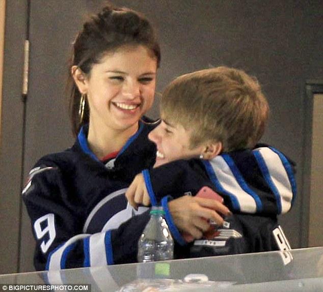Bieber Hockey Justin Game
