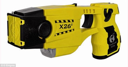 Taser which transmits 50 000 electric volts to guard the Queen     Controversy  The black and yellow X26 Taser transmits up to 50 000 electric  volts