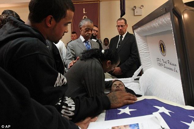 Lisa Lopes Funeral Open Casket
