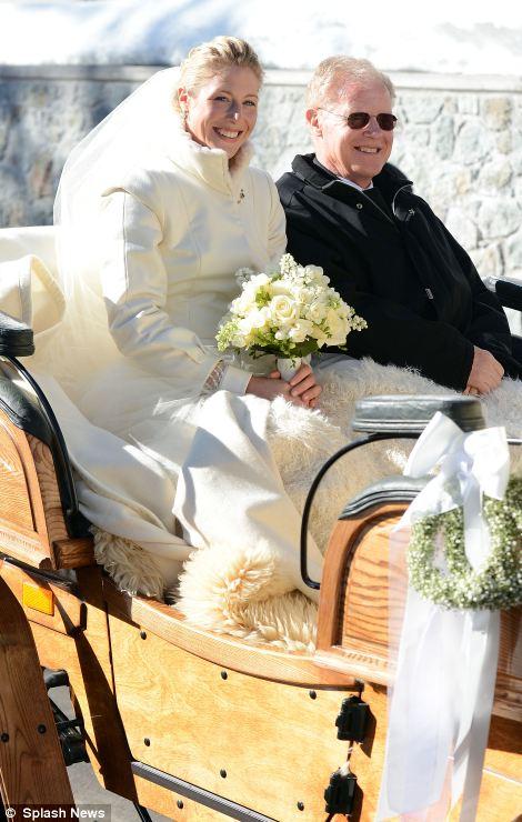Small Winter Wedding