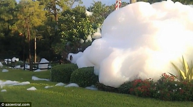 Soap Bubbles Wedding