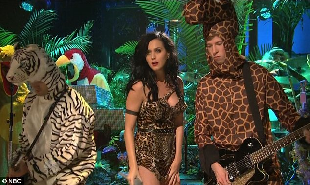Perry And Roar Outfit Katy Back Front