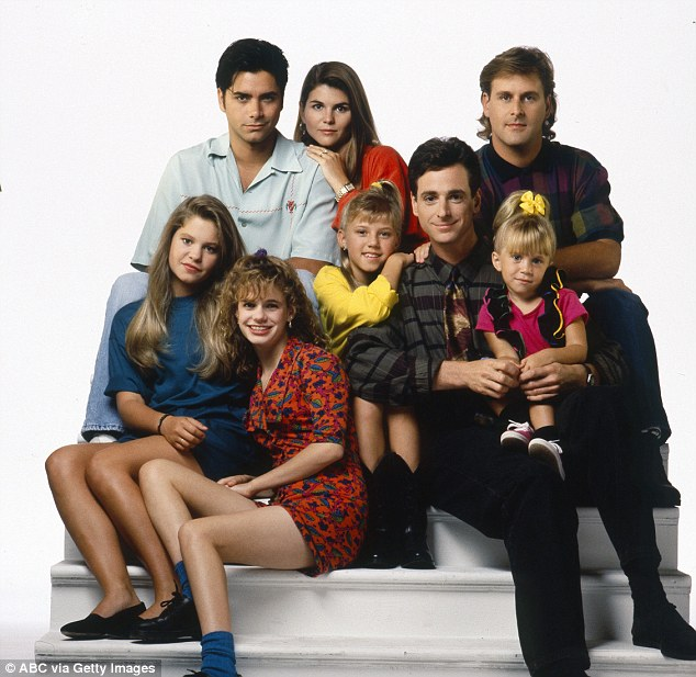 Full House will return to TV with revival starring original cast     Reunion  Warner Bros  allegedly is working on a revival of 90s sitcom with  much