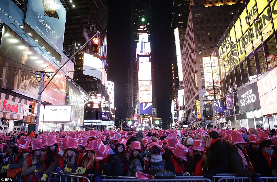 Thousands in Times Square to secure their spot for New Years Eve     Prime position  Revelers get ready for the New Years Eve countdown in Times  Square in