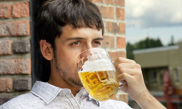 4 Pictures Guys Drinking Beer