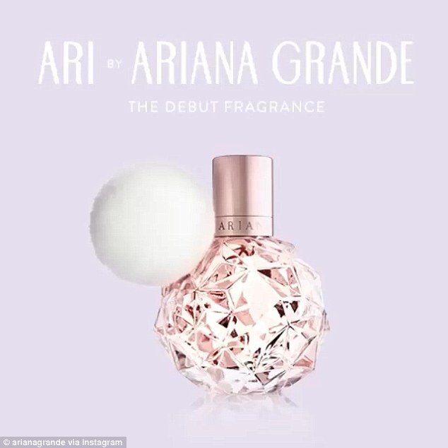 Ariana Grande debuts her first fragrance with a perfume ad ...