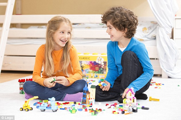 Using instructions to build Lego toys harms youngsters  problem     Researchers gave two groups of children either a set of Lego bricks without  instructions or a