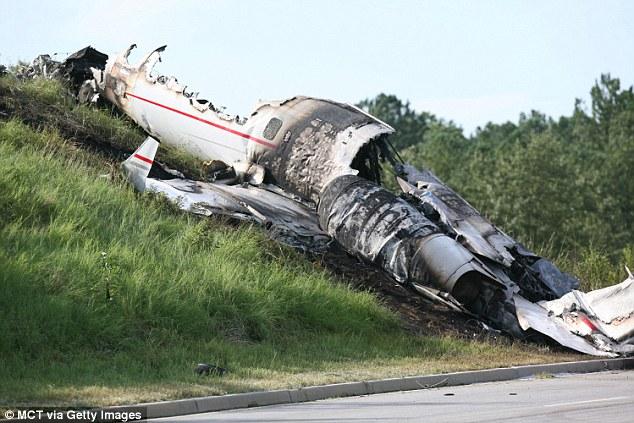 Travis Barker recalls how daughter Alabama predicted plane ...