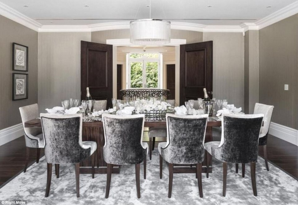 High Dinner Table And Chairs