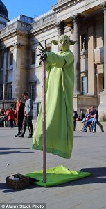 London s National Gallery boss fights to get rid of Star Wars street     A street performer dressed as Yoda pictured outside the National Gallery