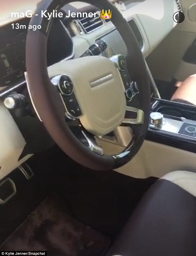 Kylie Jenner Shows Off New Custom Land Rover On Snapchat