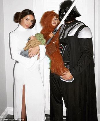 Sarah Stage and her family dress as Star Wars characters   Daily     Sarah Stage and her family dressed up as iconic