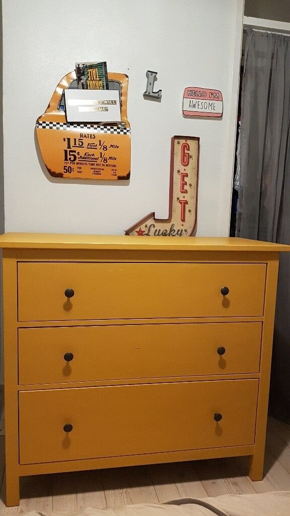 Matching Dresser And Chest